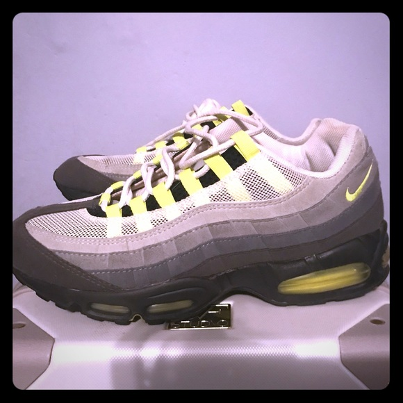 860063ece7 Nike Shoes | Air Max 95 Neon Size 9 12 Mens | Poshmark